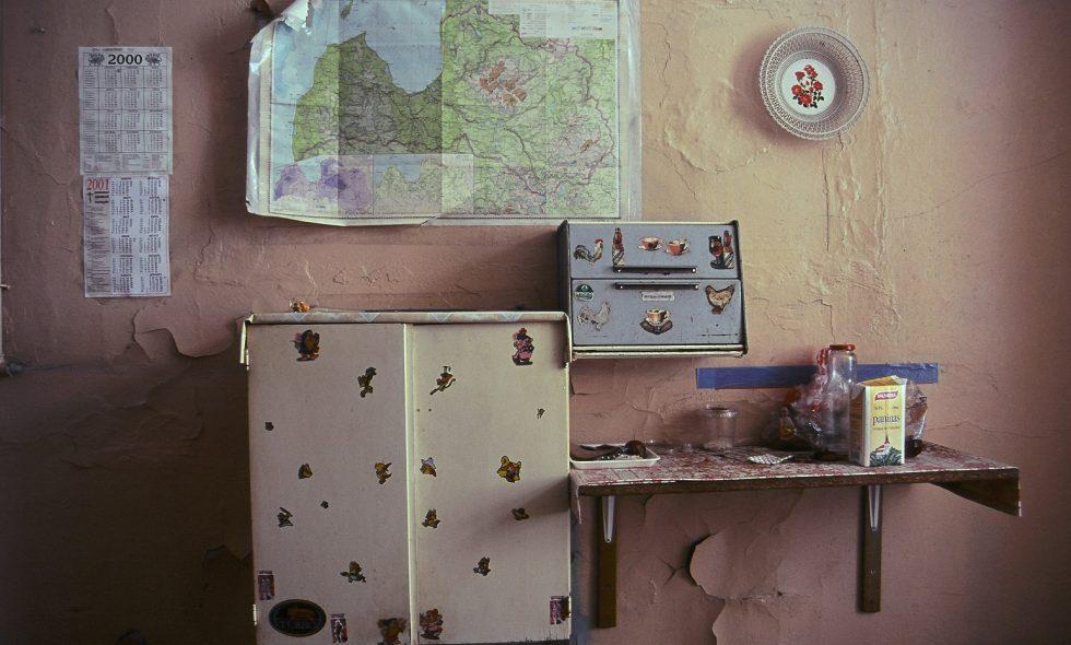 Viesnīca pirms rekonstrukcijas - padomju laika komunālā dzīvokļa virtuve