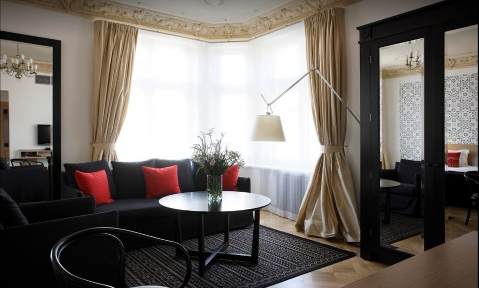 Vienistabas luksusa apartamenti — Neiburgs Hotel Studio